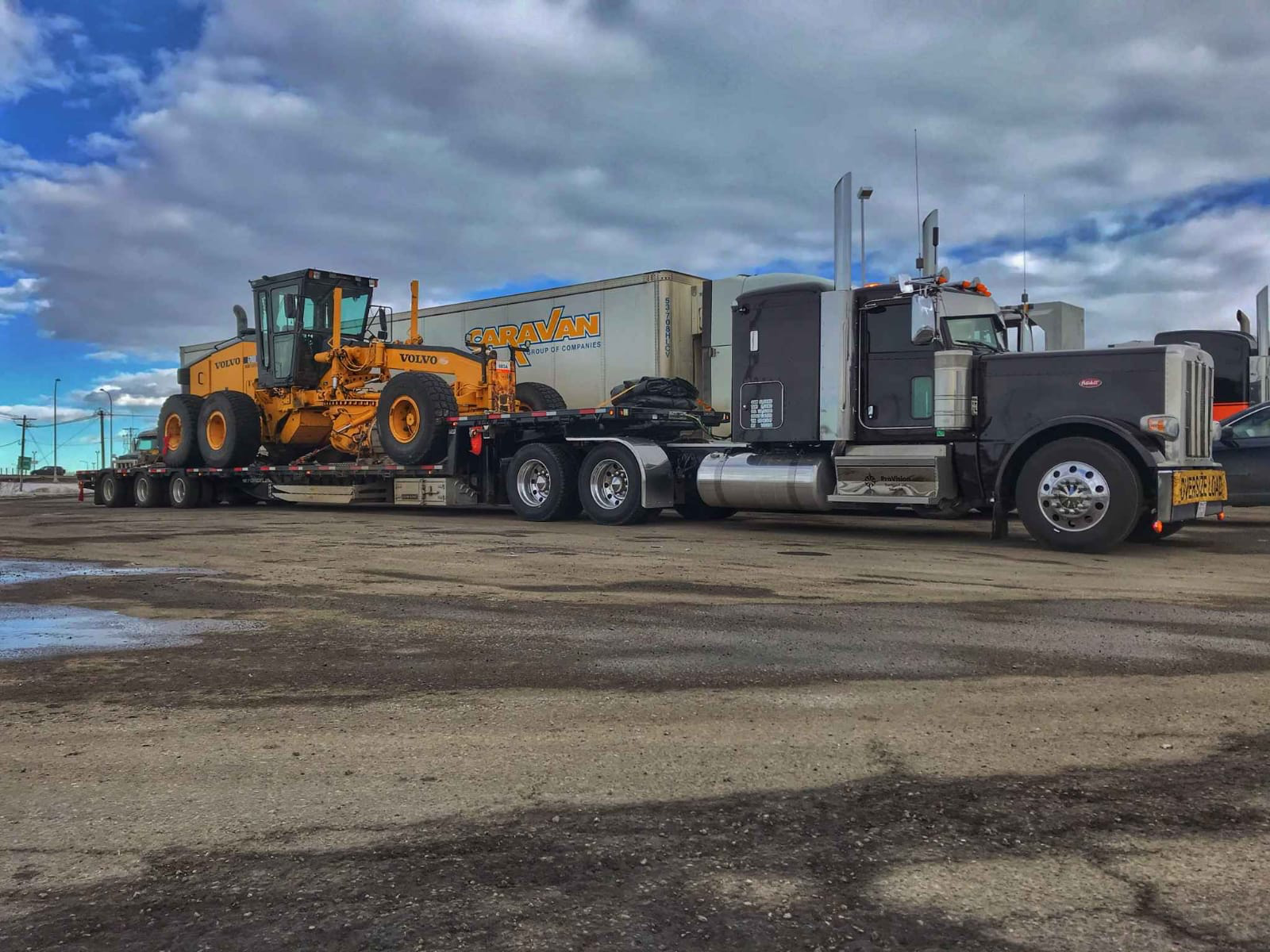 Motorgrader-heavy-equipment-hauling-free-quotes-ship-experts