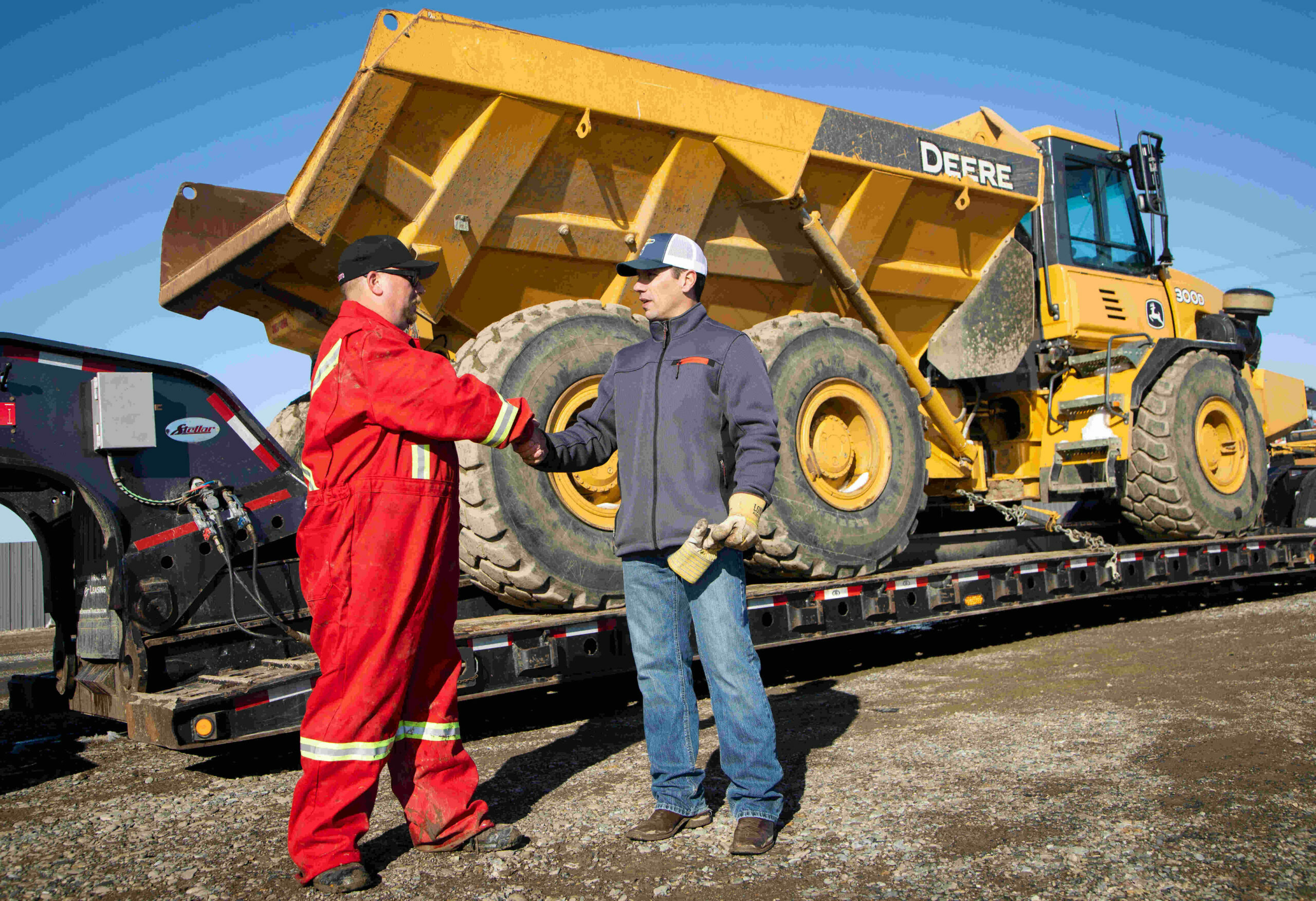trusted-dispatch-expert-drivers-ship-heavy-equipment-canada-usa