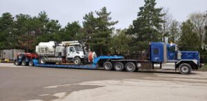 truck-transportation-canada-cross-border-shipping